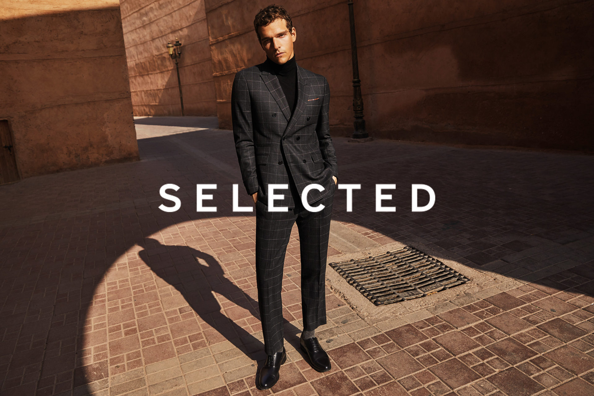 SS20 | SELECTED