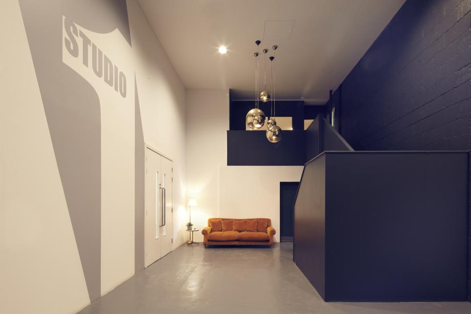 Mezzanine 03